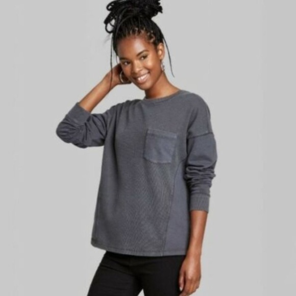 NWT Distressed Wash Sweatshirt Top Sm